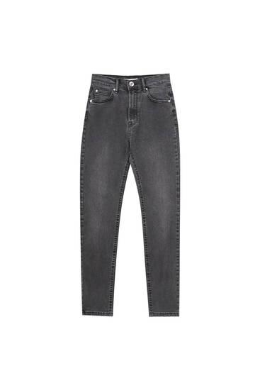 Basic-Jeans mit halbhohem Bund