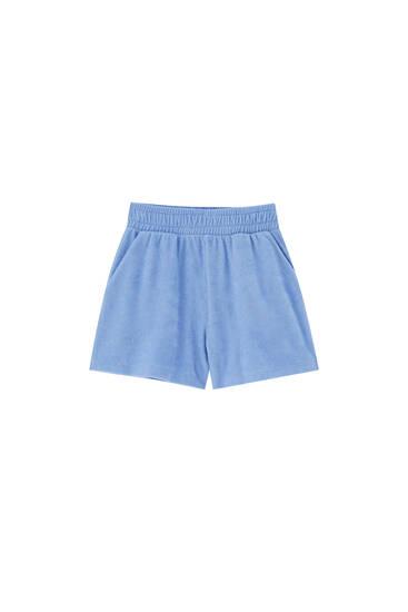 Wavy slit shorts