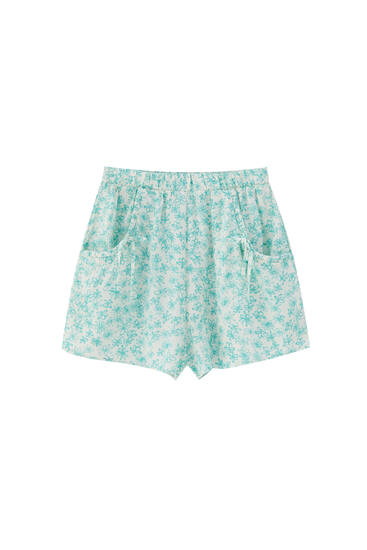 Printed shorts with pockets and tie detail