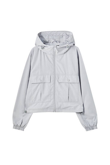 Short lightweight nylon jacket