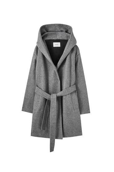 Abrigo gris capucha