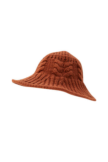 Tricot buckethoed