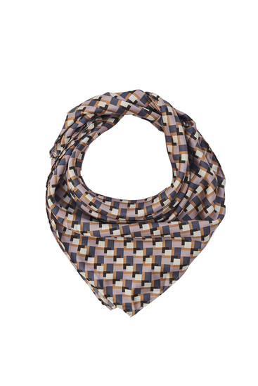 Retro diamond print scarf
