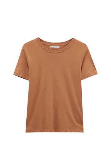 Basic round neck T-shirt - 100% ecologically grown cotton