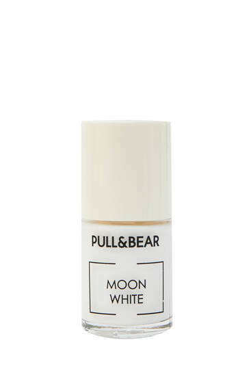 Moon White nail varnish