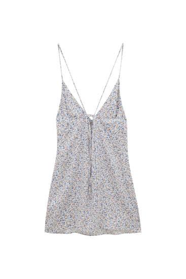 Kratka haljina s otvorenim leđima i cvjetnim printom – ECOVERO™ Viscose (barem 50%)