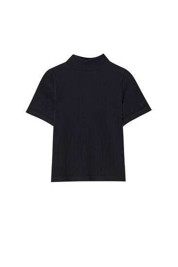 Mock neck T-shirt with short sleeves