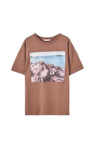 Brown T-shirt with photo and sea illustration