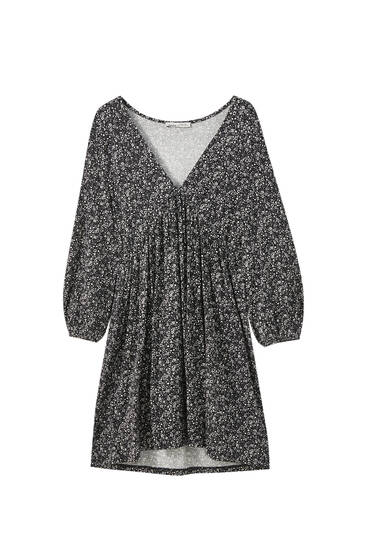 Flowing mini dress with 3/4 sleeves