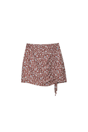 Floral mini skirt with gathered detail