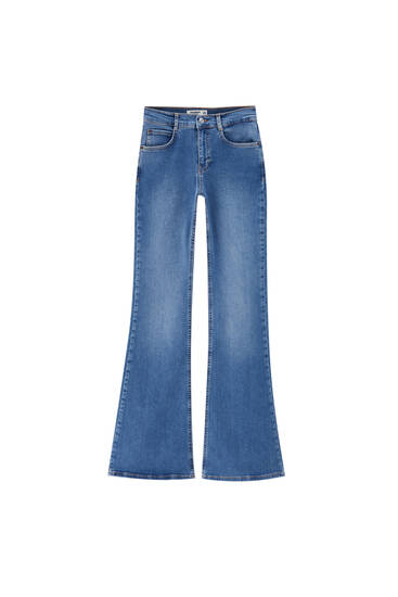 Jeans flare fit básicos