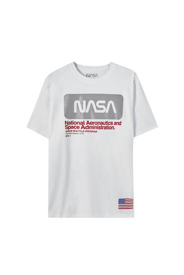 Playera NASA blanca bloque de color reflectante