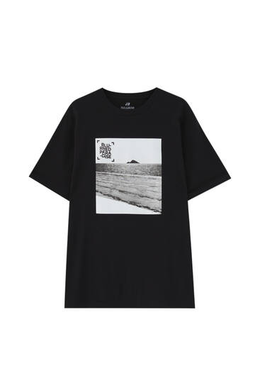 Black T-shirt with sea illustration