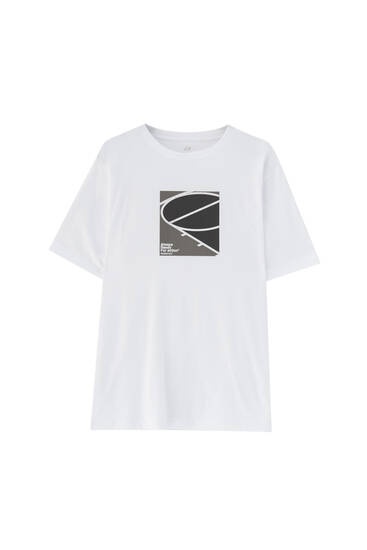 T-shirt with basketball court illustration