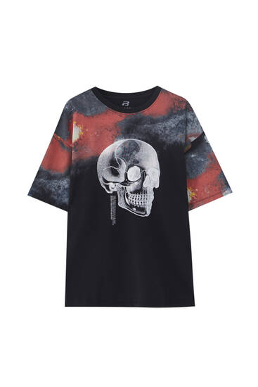 Black tie-dye T-shirt with skull illustration