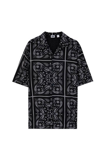 Black shirt with paisley print - 100% ECOVEROTM viscose