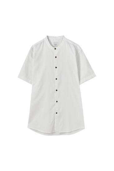 Short sleeve shirt with a stand-up collar