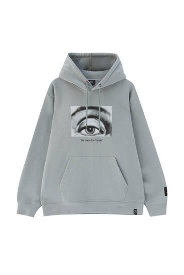 Contrast illustration hoodie