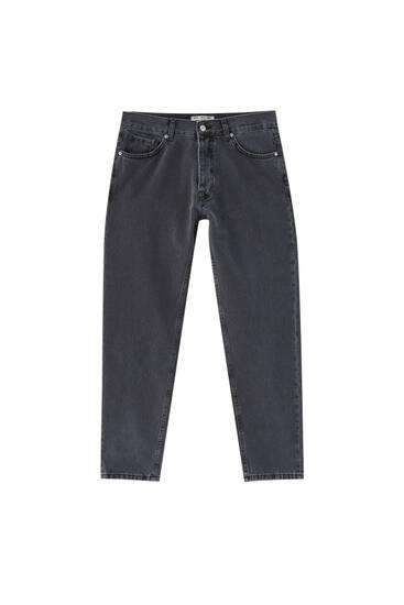 Basic standard fit jeans