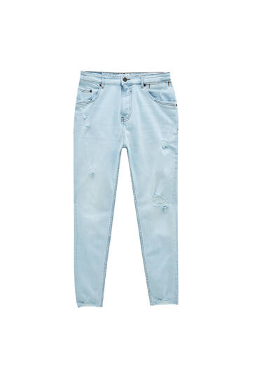 Light blue carrot fit premium jeans - contain recycled cotton