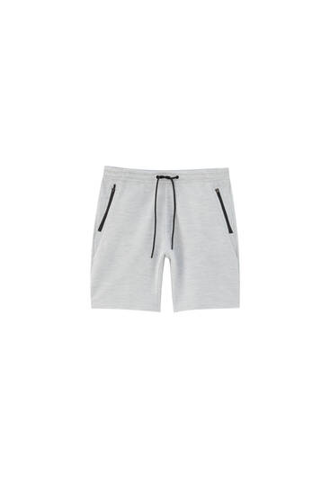 Basic Bermuda jogging shorts with zips