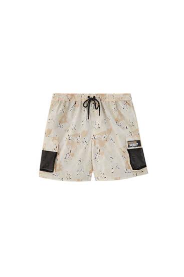 Paisley print cargo Bermuda shorts