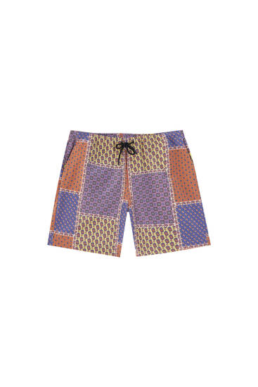 Patch print Bermuda shorts