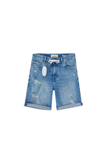 Medium blue skinny denim Bermuda shorts