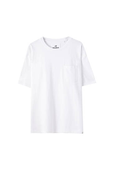 Basic T-shirt - ecologically grown cotton (at least 50%)