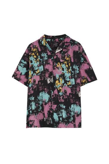 חולצה עם הדפס ציור פרחוני