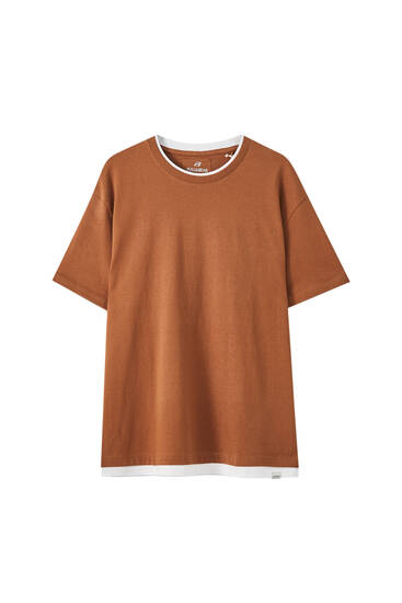 T-shirt with contrast double collar
