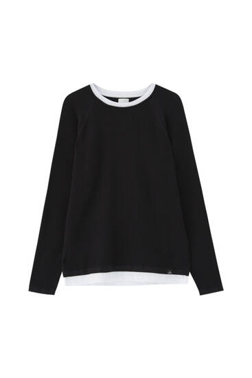 Sweater with contrast double collar
