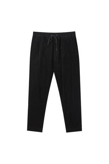 Pantalón jogger pana negro