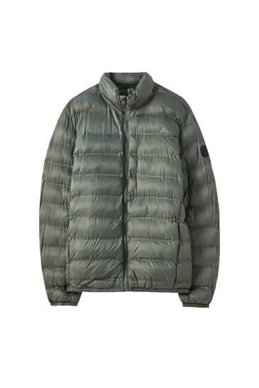 Lightweight fabric puffer jacket