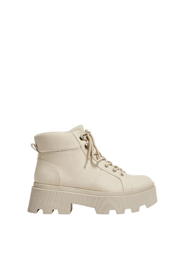 Lace-up track sole ankle boots