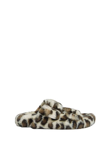 Animal print faux fur flat sandals