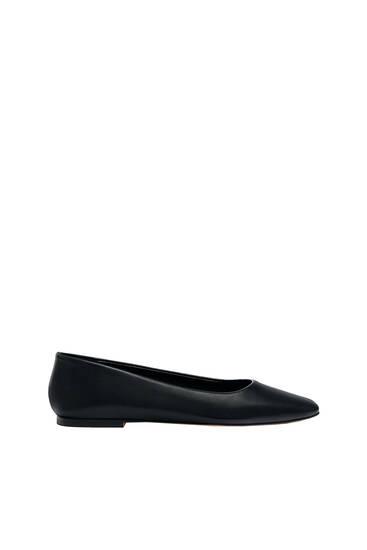 נעליים שטוחות בסגנון בלרינה עם חרטום מרובע