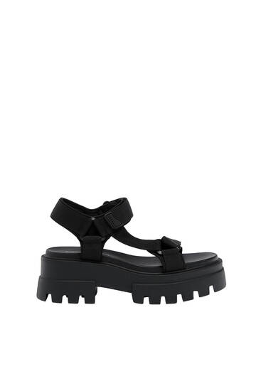 Strappy sandals with track sole