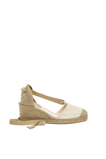 Tied jute wedges