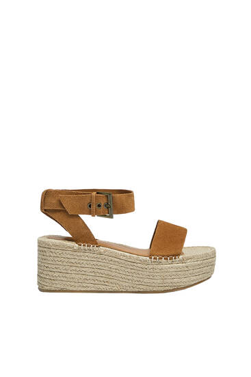 Jute wedges with split suede