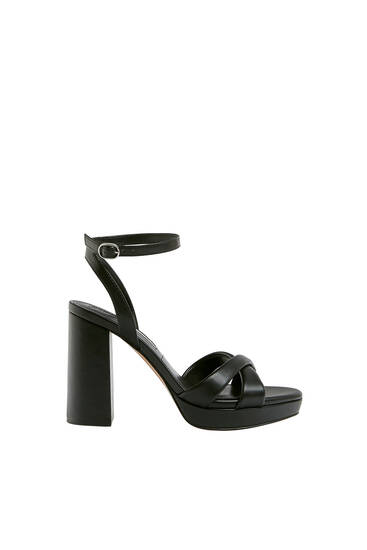 Heeled sandals with padded straps