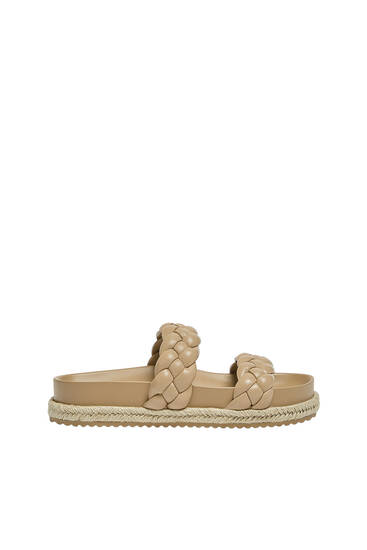 Flat sandals with braided detail