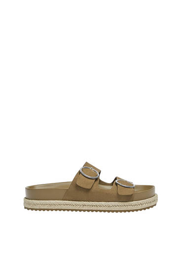 Flat jute sandals with buckles