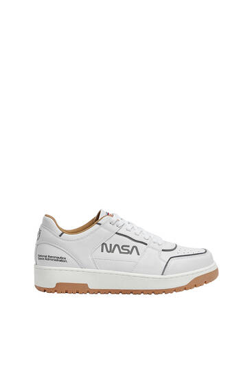 Casual contrast NASA trainers