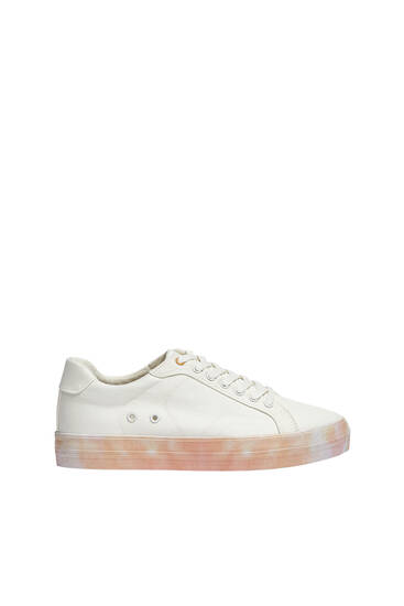 Casual tie-dye sole trainers